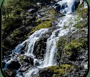 Настоящий водопад logo