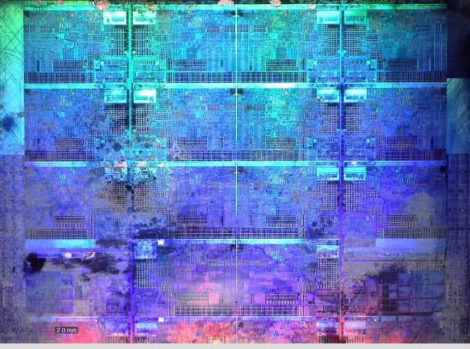 Снимок процессора под микроскопом.