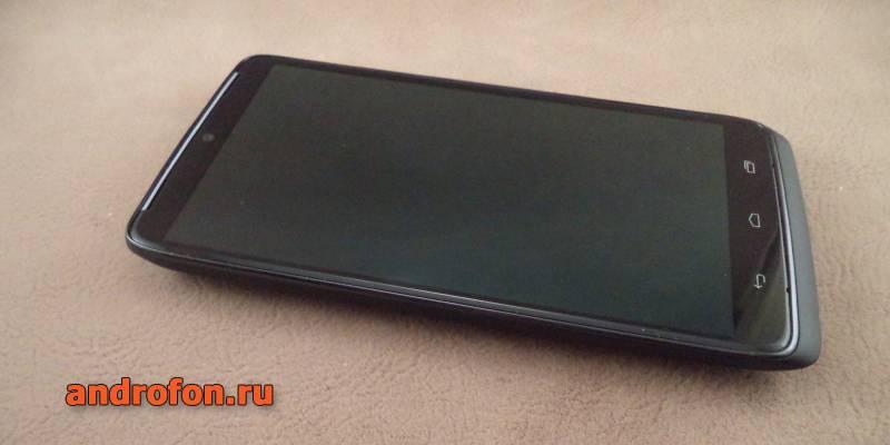 Флагман 2014 года Motorola Droid Turbo. Спустя 5 лет смартфон остается актуальным в плане производительности и возможностей.