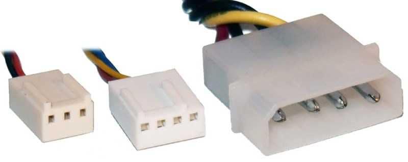 Подключение вентиляторов. Слева налево: 3 pin, 4pin и Molex.