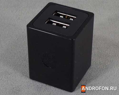 Сетевое зарядное устройство Motorola spn5737a на 2 USB порта.